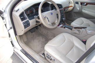 2007 Volvo V70 2.4L Charlotte, North Carolina 6