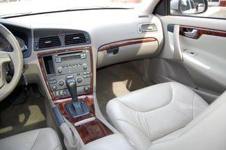 2007 Volvo V70 2.4L Charlotte, North Carolina 21