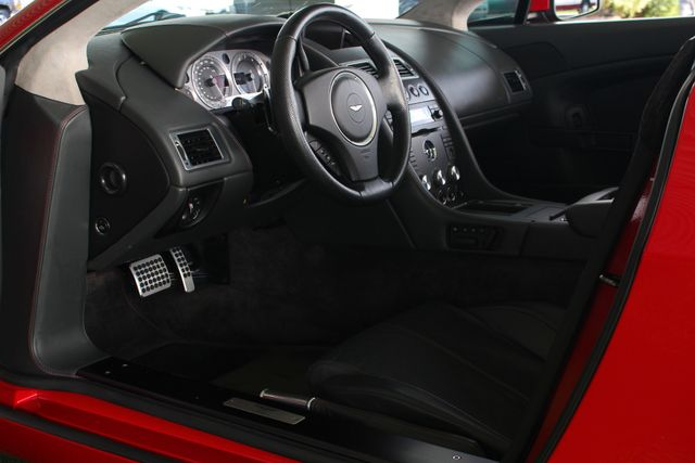 2008 Aston Martin Vantage NAVIGATION - HEATED LEATHER - RADAR DETECTOR! Mooresville , NC 30