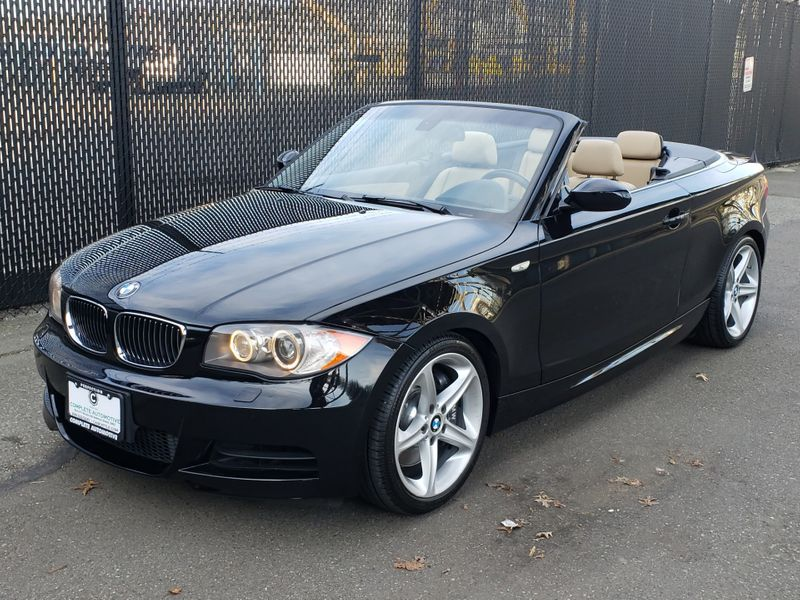 2008 BMW 135i Convertible 24000 Original Miles Sport Package  city Washington  Complete Automotive  in Seattle, Washington