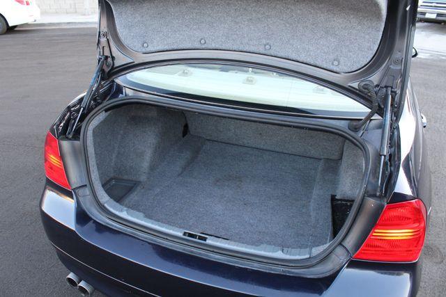 2008 BMW 328i SEDAN NAVIGATION 1-OWNER SUNROOF SERVICE RECORDS in Van Nuys, CA 91406