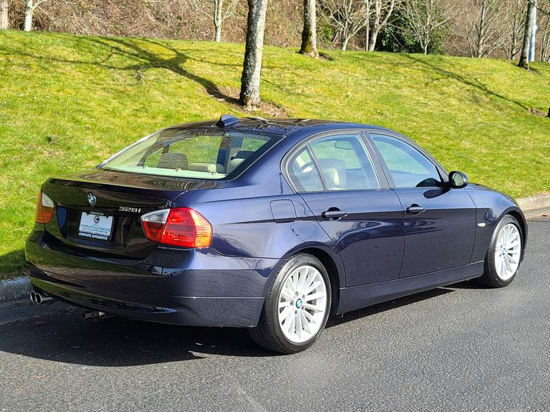 2008 BMW 328i Local History Premium Moonroof Heated Seats NICE   city Washington  Complete Automotive  in Seattle, Washington