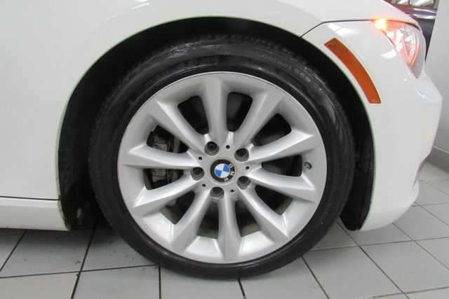 2008 BMW 335i W/ NAVIGATION SYSTEM Chicago, Illinois 28