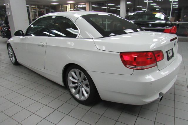 2008 BMW 335i W/ NAVIGATION SYSTEM Chicago, Illinois 3