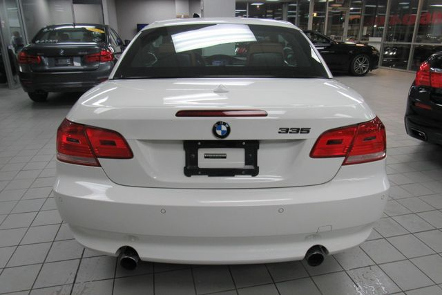 2008 BMW 335i W/ NAVIGATION SYSTEM Chicago, Illinois 4