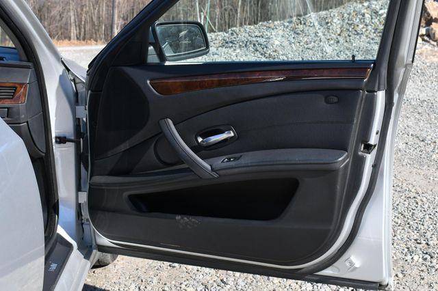 2008 BMW 528i Naugatuck, Connecticut 12