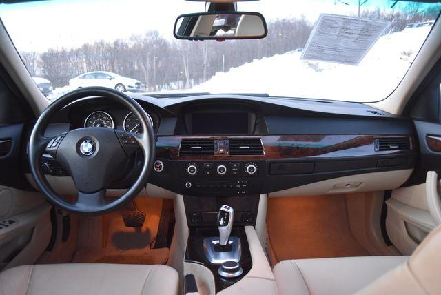 2008 BMW 528xi Naugatuck, Connecticut 16