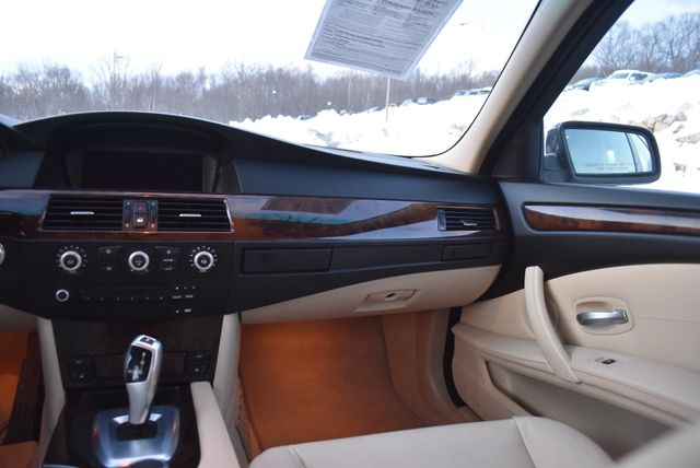 2008 BMW 528xi Naugatuck, Connecticut 17