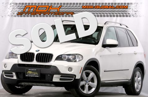 2008 BMW X5 3.0si - Rear DVD - 3rd row seats in Los Angeles