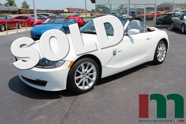 2008 BMW Z4 3.0i Roadster | Granite City, Illinois | MasterCars Company Inc. in Granite City Illinois