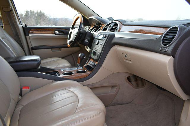 2008 Buick Enclave CXL Naugatuck, Connecticut 8