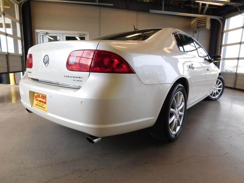2008 Buick Lucerne CXS  city TN  Doug Justus Auto Center Inc  in Airport Motor Mile ( Metro Knoxville ), TN