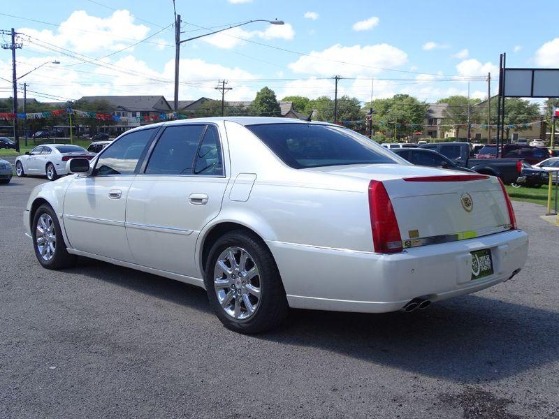 2008 Cadillac DTS w1SD  in Austin, TX