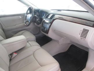 2008 Cadillac DTS w/1SB Gardena, California 7