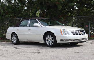 2008 Cadillac DTS w/1SB Hollywood, Florida 1