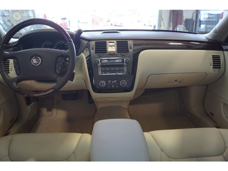 2008 Cadillac DTS w1SD  city Texas  Vista Cars and Trucks  in Houston, Texas