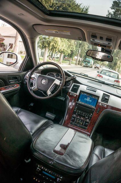 2008 Cadillac Escalade ESV in Reseda, CA, CA 91335