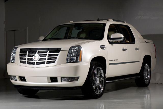 2008 Cadillac Escalade EXT Base Escalade EXT Low Miles Texas Truck in Dallas, Texas 75220