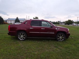 2008 Cadillac Escalade EXT Ravenna, MI 3