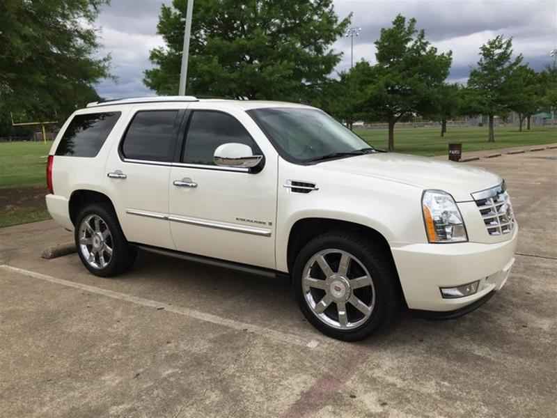 2008 Cadillac Escalade LOW MILES! in Rowlett, Texas