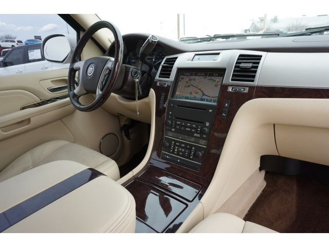 2008 Cadillac Escalade Base in Memphis, Tennessee 38115