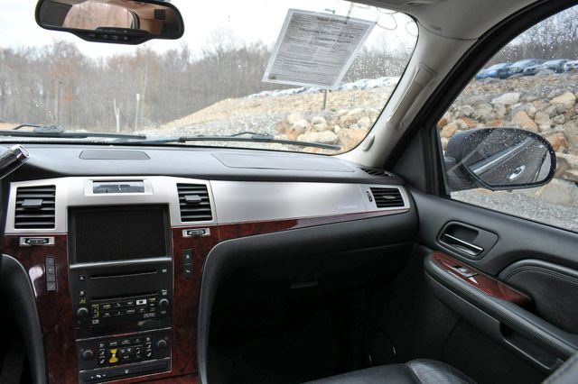 2008 Cadillac Escalade Naugatuck, Connecticut 16