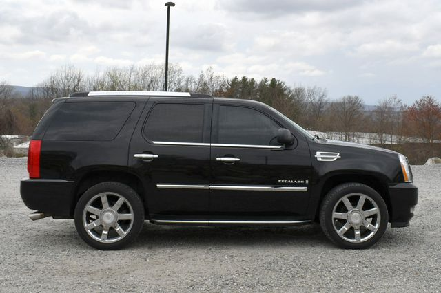 2008 Cadillac Escalade Naugatuck, Connecticut 7
