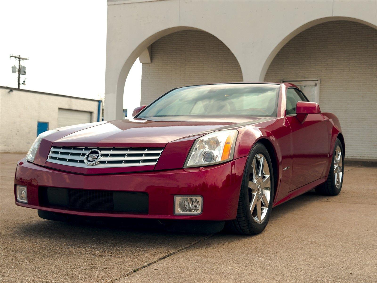 2008 cadillac xlr low mile clean carfax garland texas 75088 rh accelerateautogroup com Cadillac XLR V Supercharged 2004 Cadillac XLR Owner's Manual