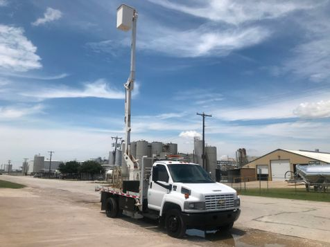 2008 Chevrolet 5500 BUCKET TRUCK  in Fort Worth, TX