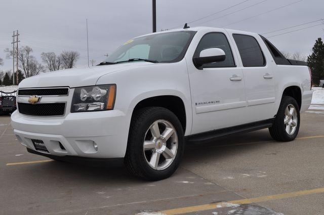 2008 Chevrolet Avalanche LT w/3LT in Bettendorf/Davenport, Iowa 52722