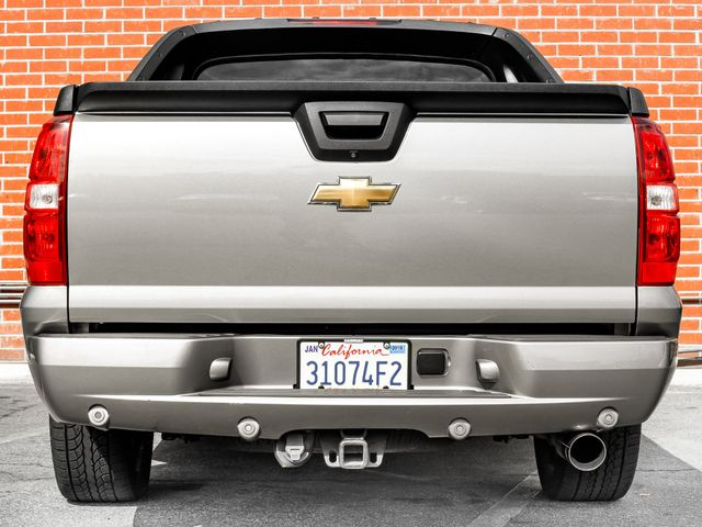2008 Chevrolet Avalanche LT w/2LT Burbank, CA 3