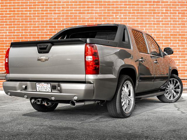 2008 Chevrolet Avalanche LT w/2LT Burbank, CA 6