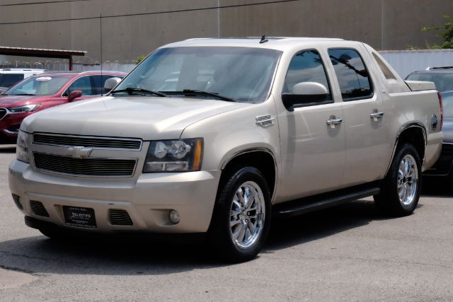 2008 Chevrolet Avalanche LT w/3LT, NAV, SUNROOF, BACKUP CAM in Carrollton, TX 75006