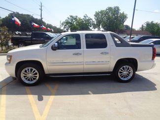 2008 Chevrolet Avalanche LTZ  city TX  Texas Star Motors  in Houston, TX