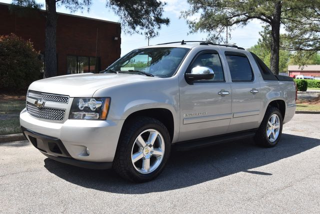 2008 Chevrolet Avalanche LTZ in Memphis, Tennessee 38128