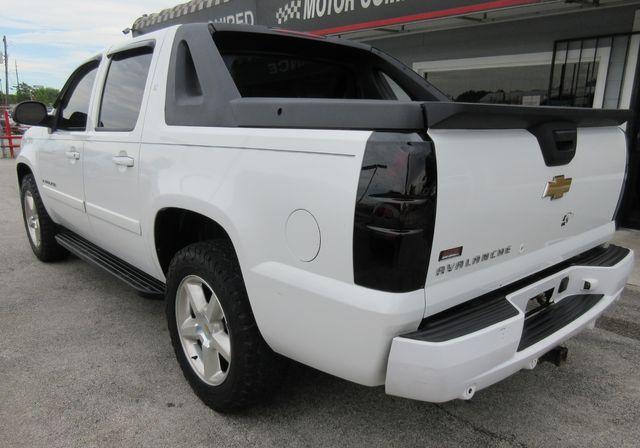 2008 Chevrolet Avalanche LT w/3LT south houston, TX 1