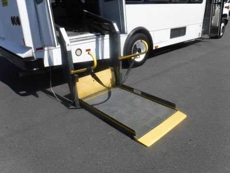2008 Chevrolet C5500 22 Passenger Bus with Wheelchair Lift  in Ephrata, PA