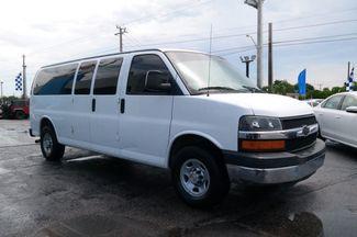 2008 Chevrolet Express Passenger Hialeah, Florida 2