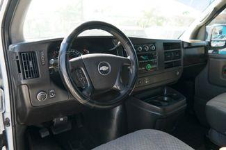 2008 Chevrolet Express Passenger Hialeah, Florida 10