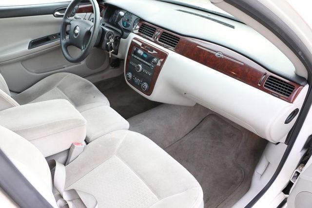 2008 Chevrolet Impala LT Santa Clarita, CA 9