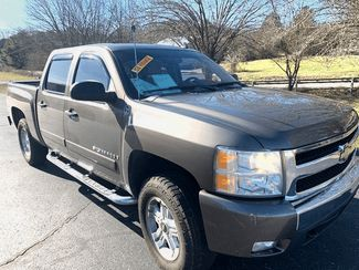 2008 Chevrolet-Crew Cab! Silverado-$9999 3 DAY SALE PRICE RETAILS12999 LT in Knoxville, Tennessee 37920