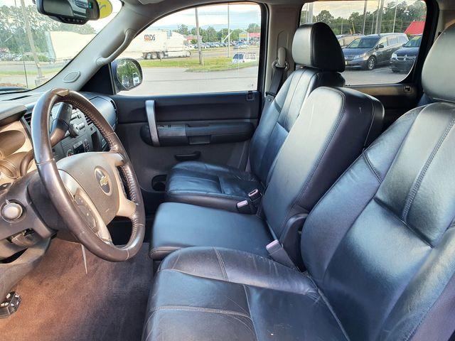 "2008 Chevrolet Silverado 1500 LT w/1LT 4X4 5.3L V8 CREW CAB w/Leather/20"" Alloys in Louisville, TN 37777"