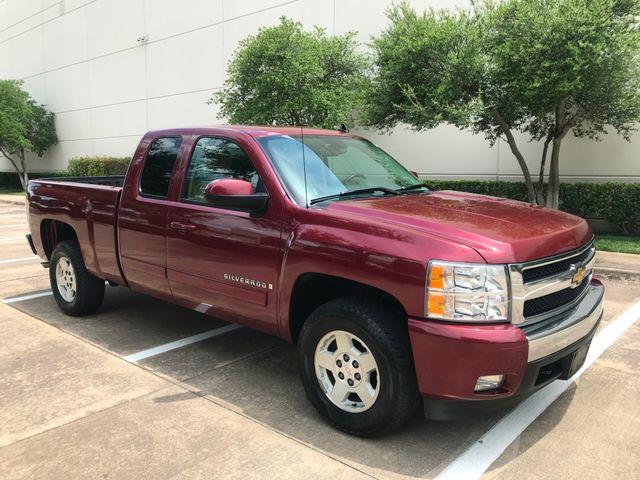 2008 Chevrolet Silverado 1500 LT w/1LT**Look Only 42000 Miles in Plano, Texas 75074