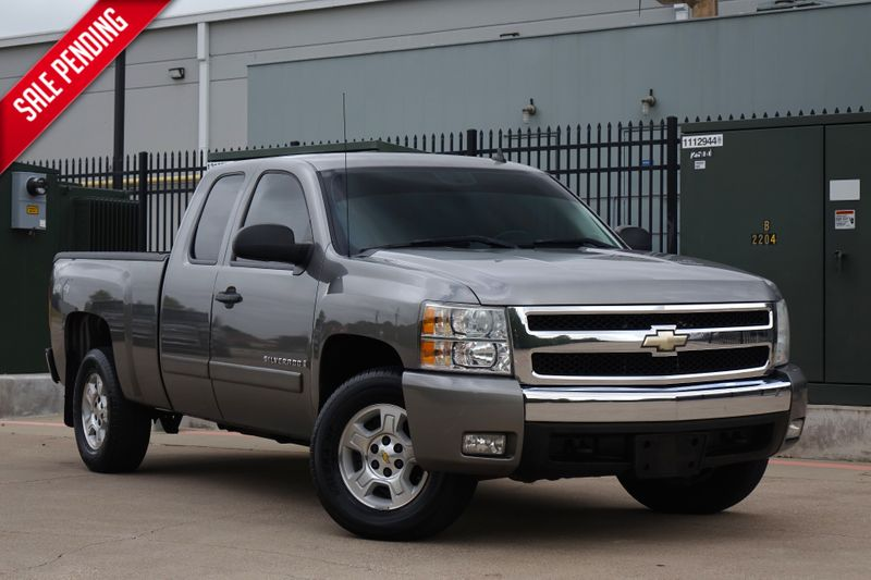2008 Chevrolet Silverado 1500 LT w/2LT*4x4* Xcab*Only 67k mi* EZ Finance** | Plano, TX | Carrick's Autos in Plano TX