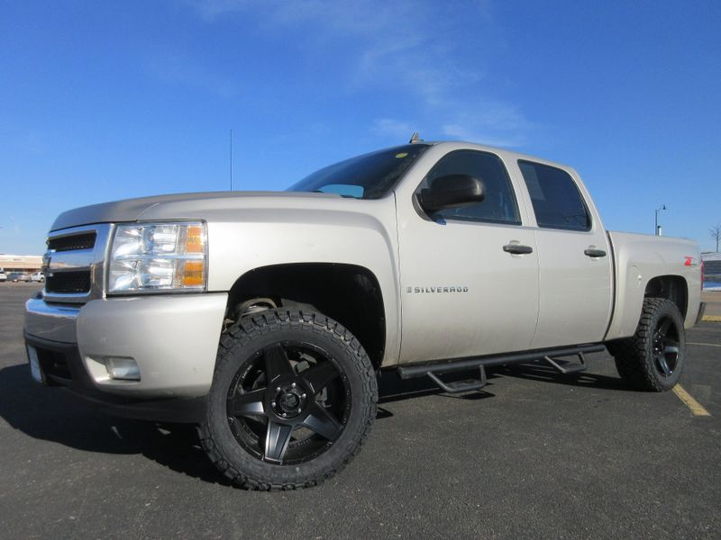 2008 Chevrolet Silverado 1500 LT Crew Cab 4X4 Lifted  Fultons Used Cars Inc  in , Colorado