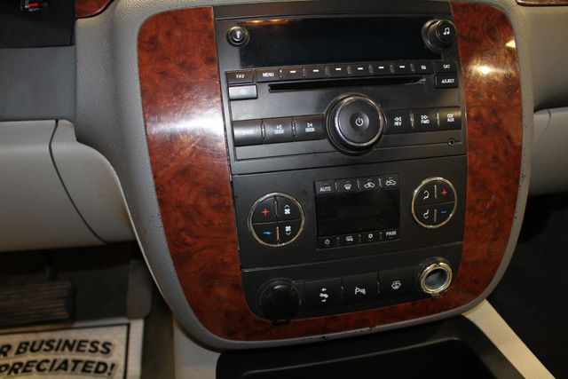 2008 Chevrolet Silverado 2500HD diesel 4x4 flat bed LTZ in Roscoe, IL 61073