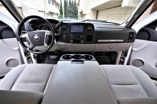 2008 Chevrolet Silverado 2500HD LT w/1LT in Reseda, CA, CA 91335