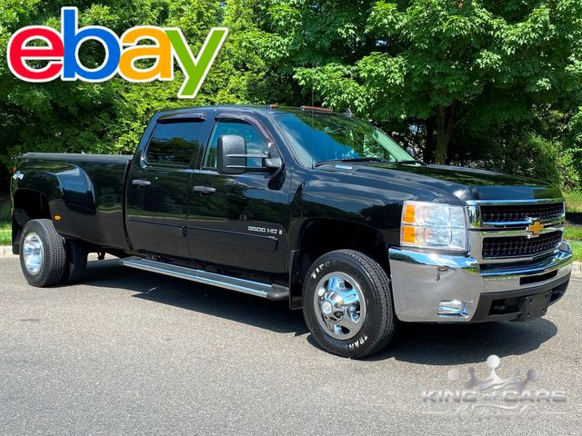2008 Chevrolet Silverado 3500 4X4 CREW 6.6L DURAMAX LT LOW MILES WOW in Woodbury, New Jersey 08093