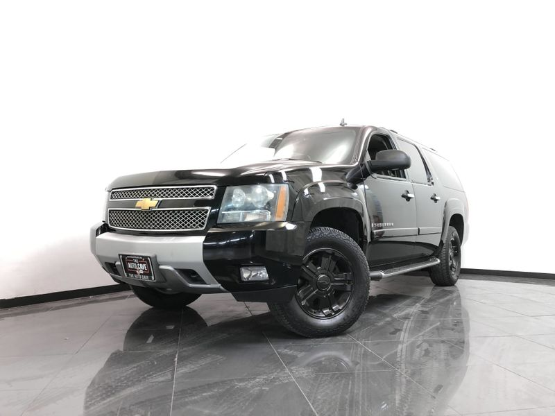 2008 Chevrolet Suburban *SPORT UTILITY 4-DR*LT3 1500 2WD 5.3L V8* | The Auto Cave in Addison