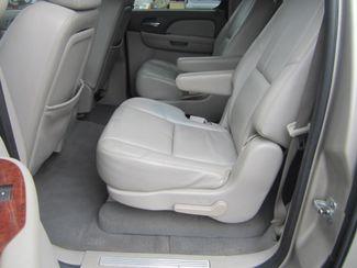 2008 Chevrolet Suburban LT w/3LT Batesville, Mississippi 30